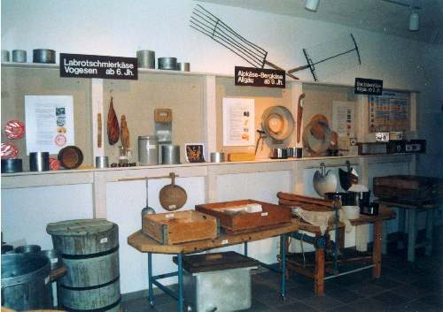 im Käsereimuseum in Endingen