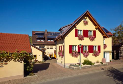 Ferienwohnung und Brennerei Baumgartner