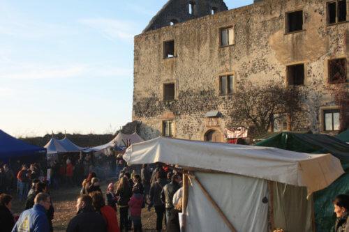 Weihnachtsmarkt am Schloss