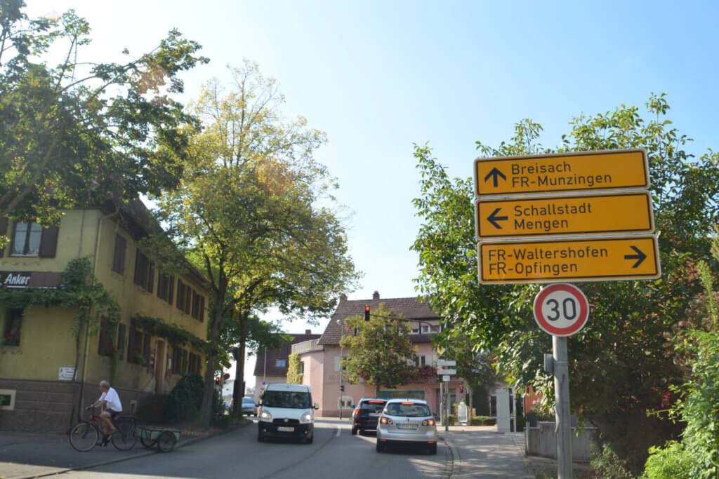 Freiburg Tiengen Kreuzung